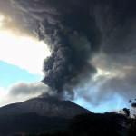 Erupción del volcán Chaparrastique, El Salvador