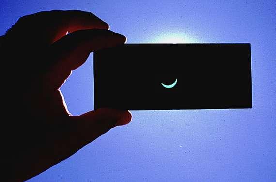 cristal oscuro de soldador número 14 para eclipse solar